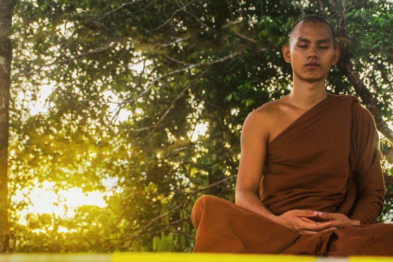 meditazione buddista mantra